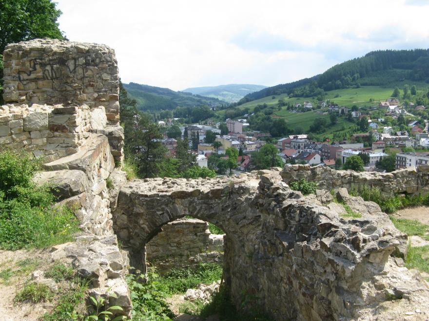 Ruiny-Zamku-Starostów-Muszyńskich